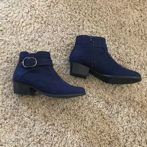 Navy Unisa Boots